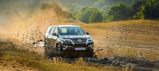 Toyota Fortuner: bi-LED, климат-контроль, 7 мест, дизель сАКПП ибескомпромиссная прочность за2599000 рублей
